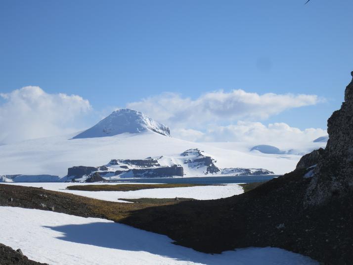 Cecilia island